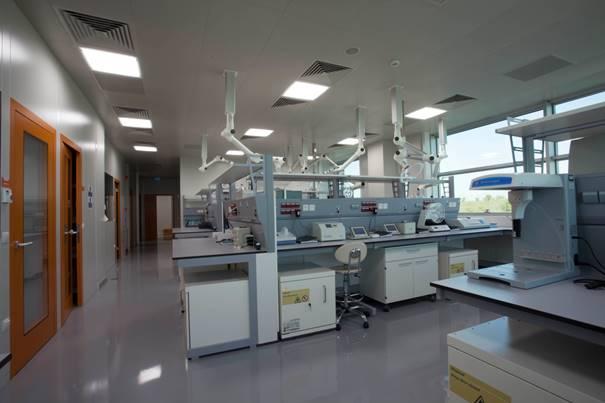 GMP Belgeli İlk ve Tek Farmasötik Teknoloji Laboratuvarı